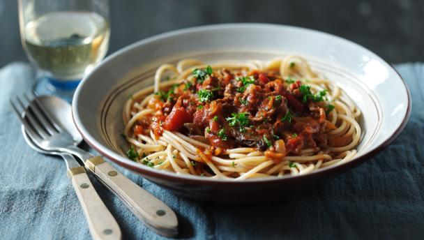wholewheat spaghetti bolognese